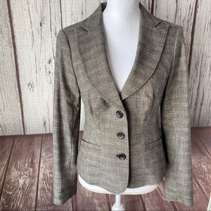 The limited blazer size 4 nwt